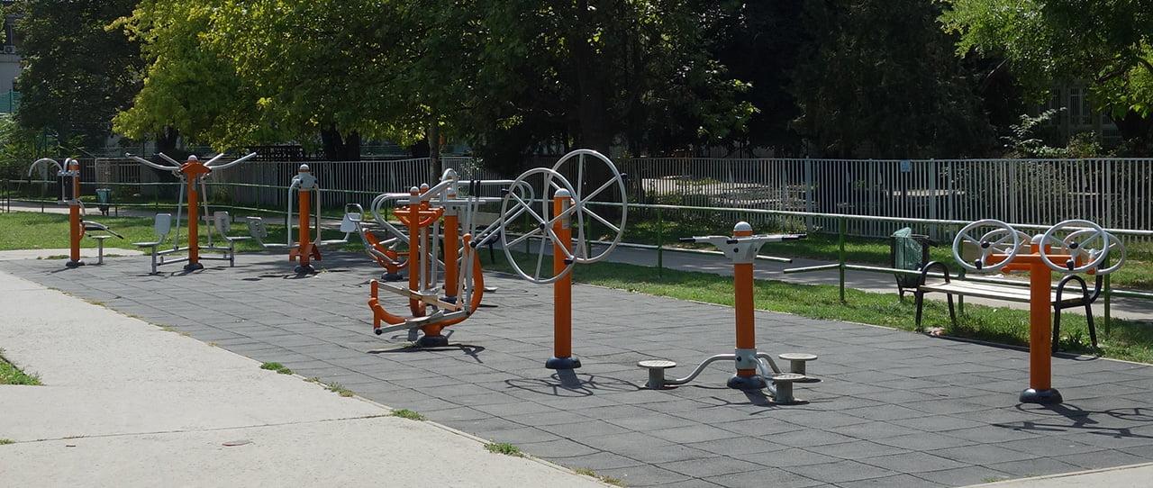 Fitneszpark Óbudán (Budapest, III. kerület) a Laktanya utcában