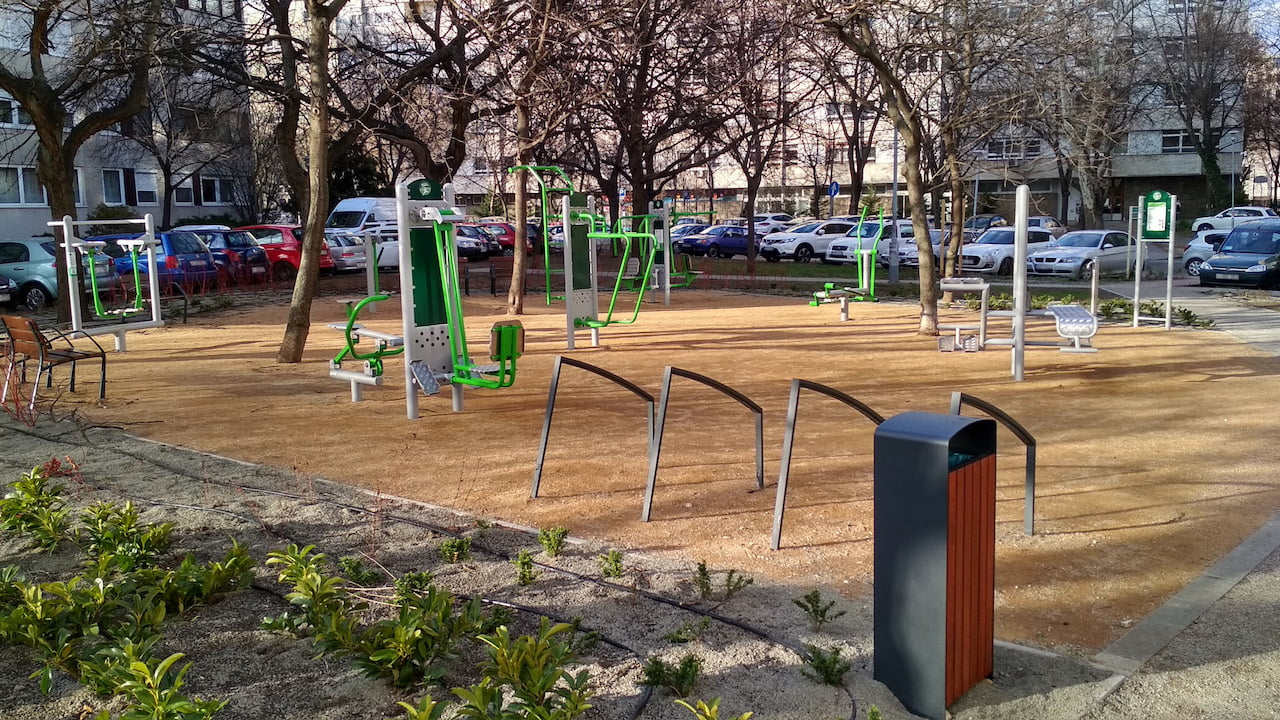 Fitness Park at Árpád híd Metro Station - Free Sport Parks Blog