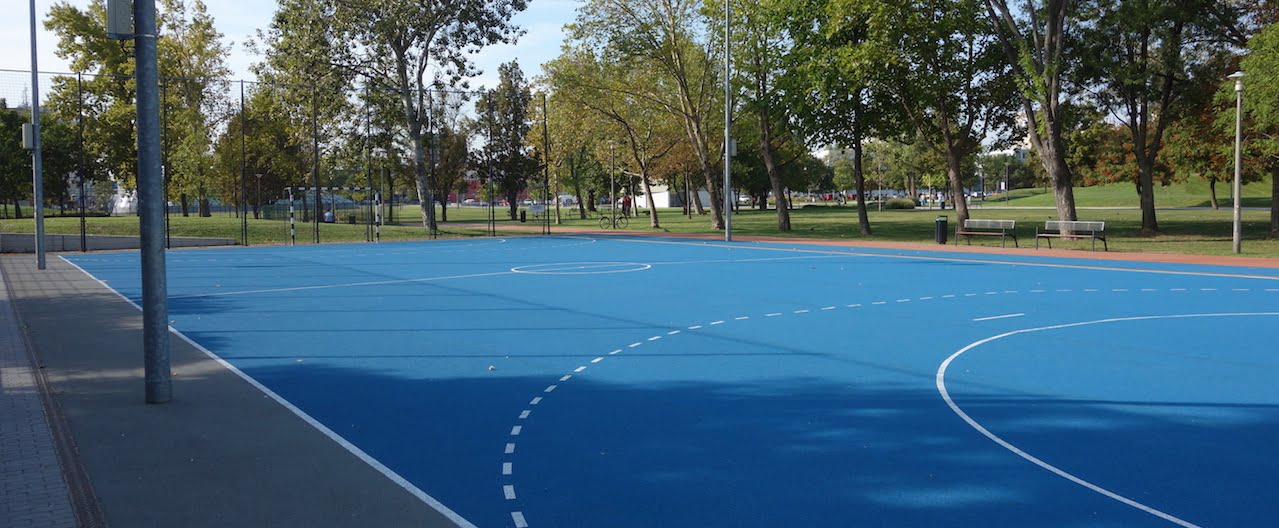 Football court - Budapest (11th district) - Bikás park - Free Sport Parks Map