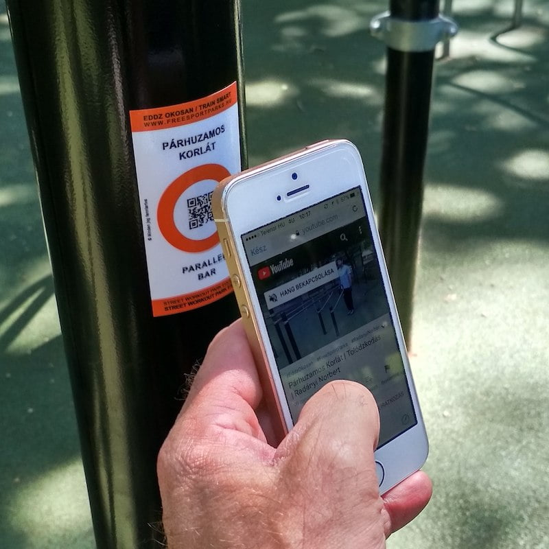 Free Sport Parks - Train Smart QR code opening the video