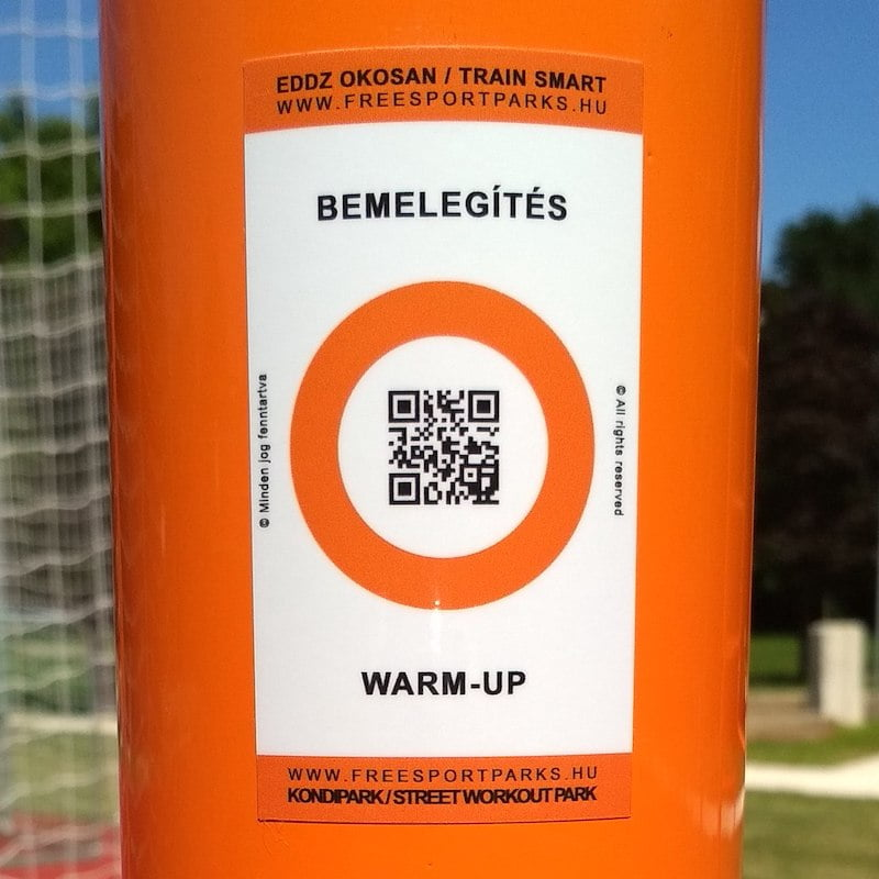 Free Sport Parks - Train Smart QR code sticker in Street Workout Park