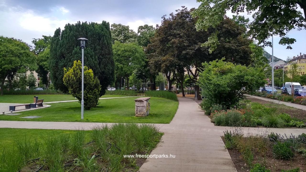 függetlenségi park sétánya a kondipark felé