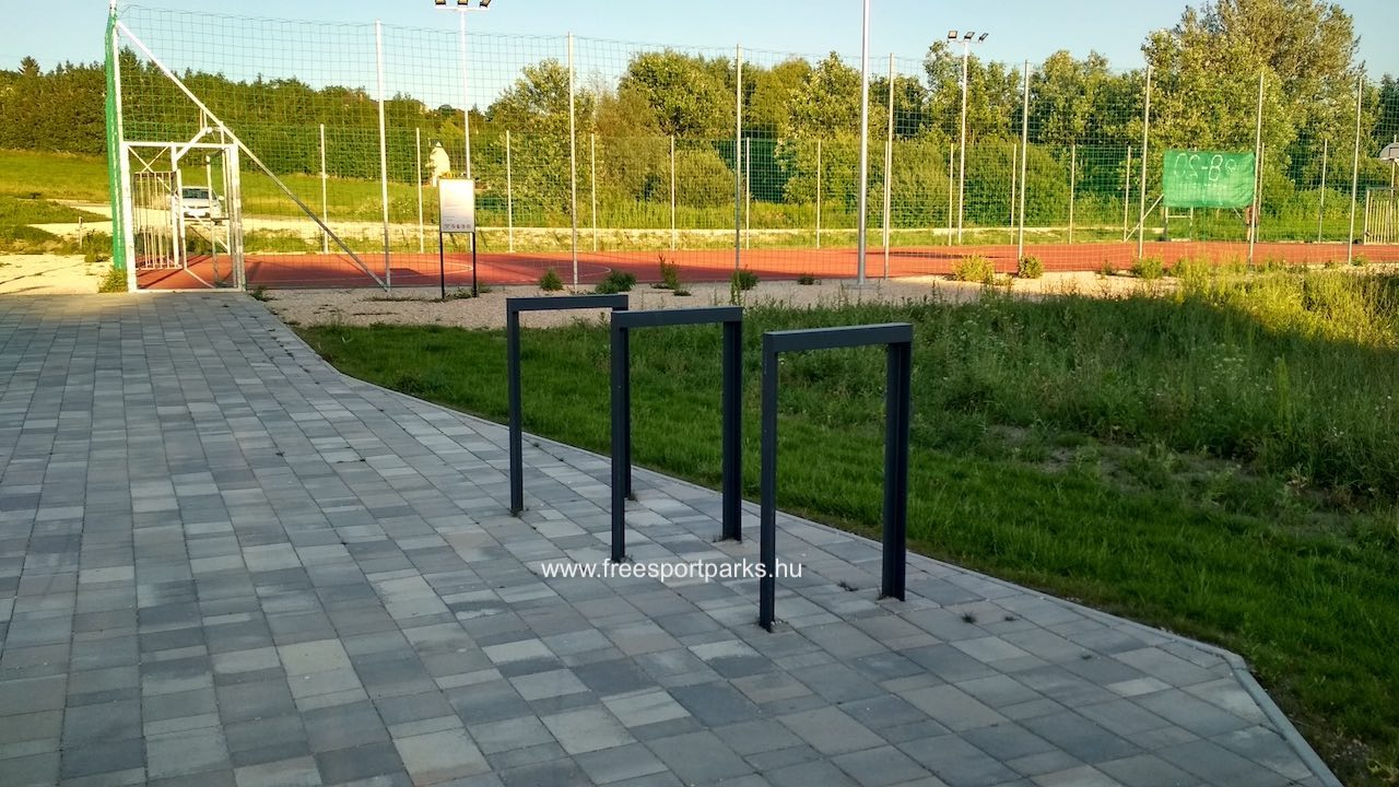Kerékpártárolók a Biatorbágy Sportpark területén - Free Sport Parks térkép