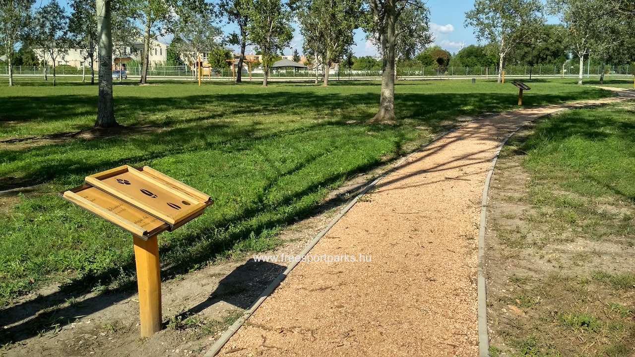 tanösvény a Bábolna Szabadidőpark területén