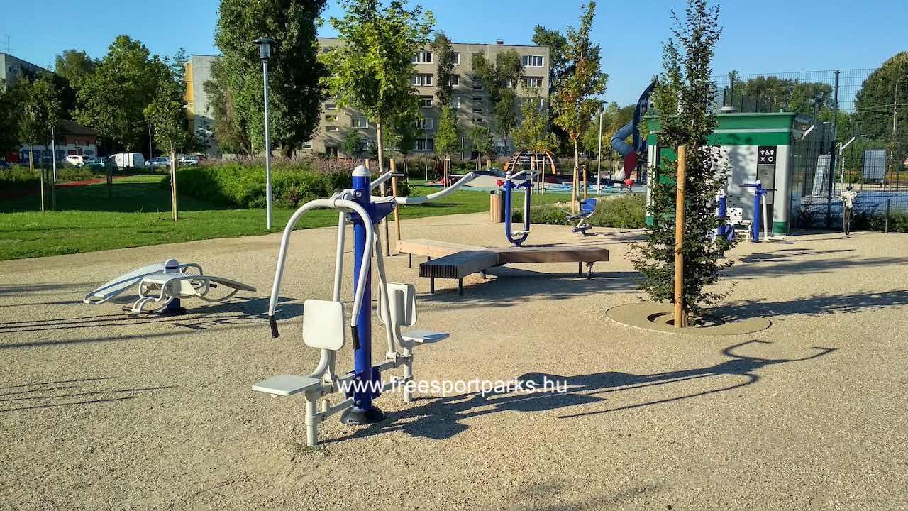 fitneszpark a csepeli Tejút parkban