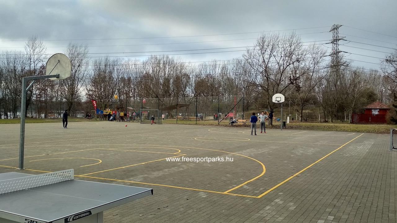 Kosárlabdapálya kövezett burkolattal Dunakeszi, Katonadomb - Free Sport Parks térkép