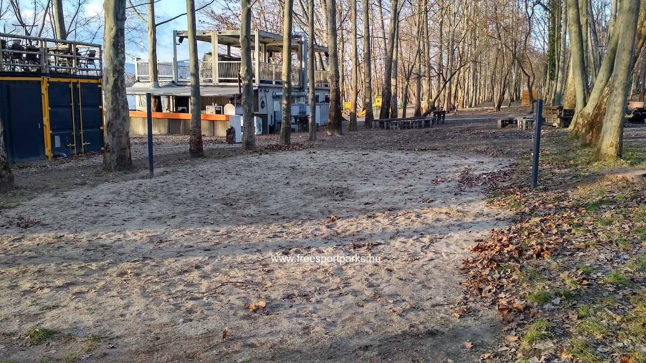 Tollaslabda pálya homokos talajjal a Dunakeszi Szabadstrandon - Free Sport Parks térkép