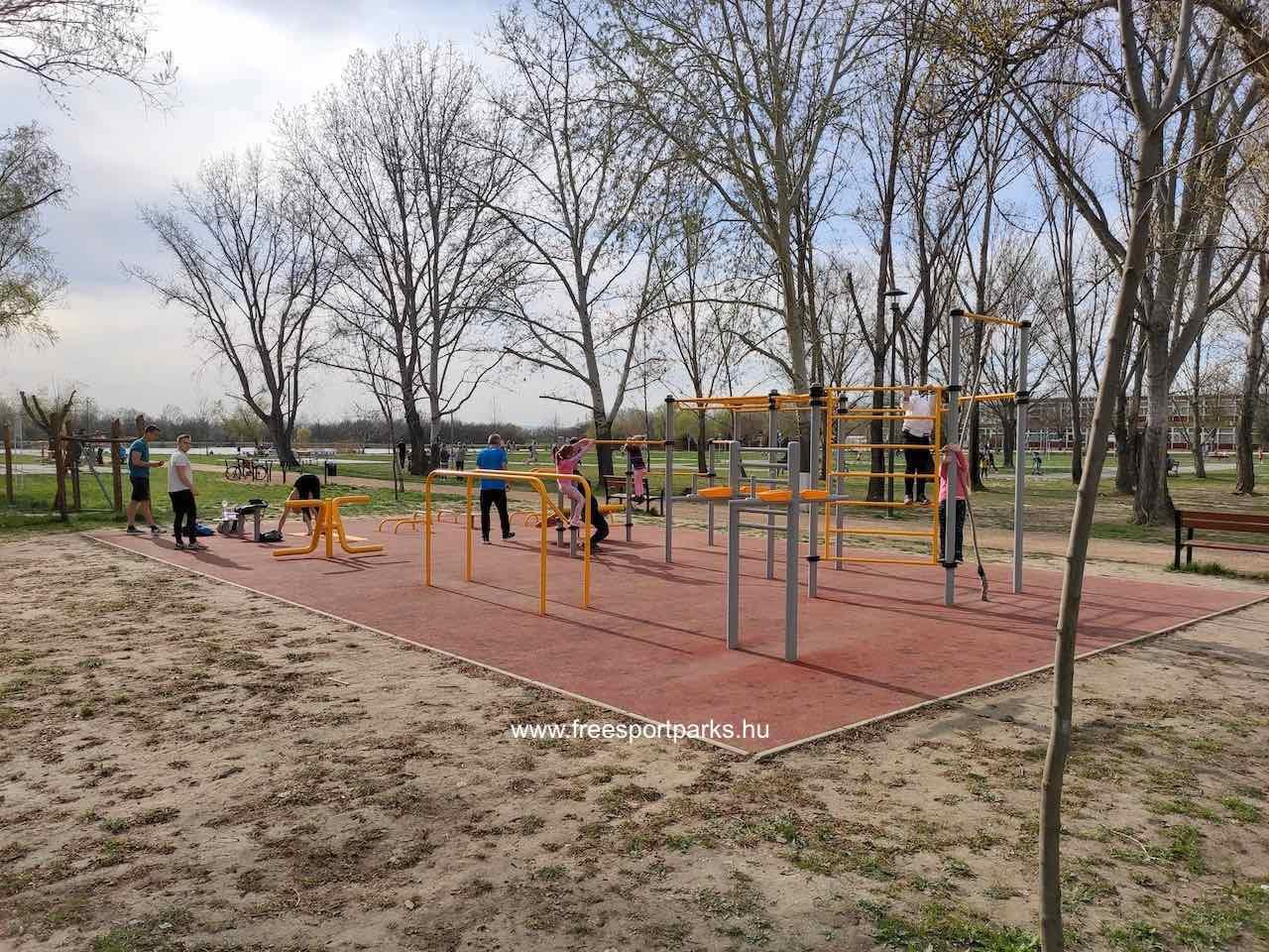 street workout park a Palotavárosi szabadidőpark Székesfehérvár területén
