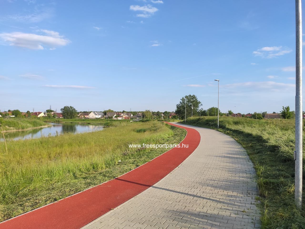 rekortán futópálya - Érdliget szabadidőpark - Free Sport Parks térkép